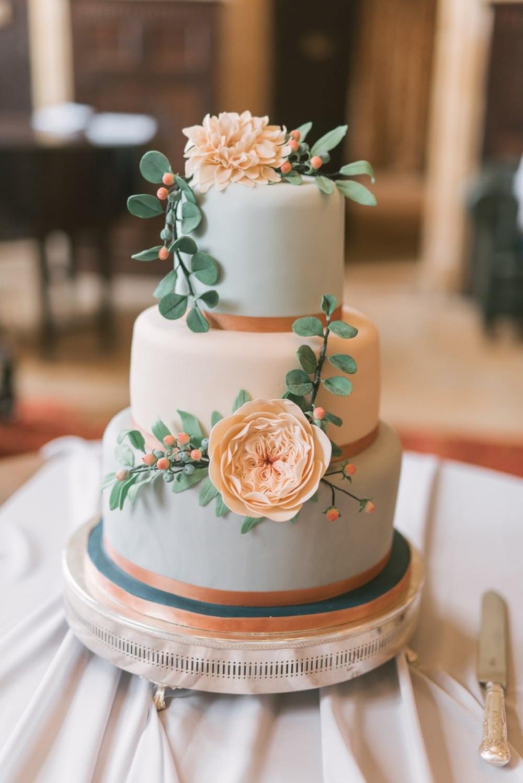david austin rose wedding cake