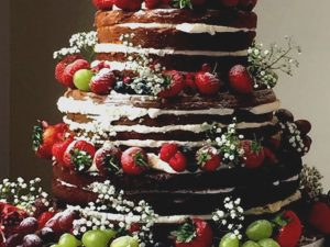 naked wedding cake summer fruits