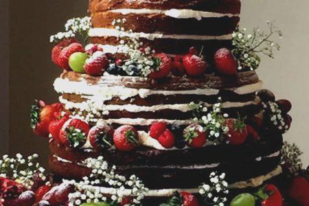 naked wedding cake summer fruits