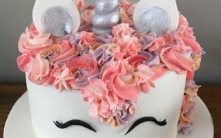 childs unicorn birthday cake