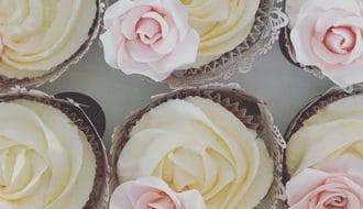cupcakes-and-bakes-featured